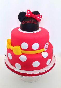 Cakes by Kirsten.  Minnie Mouse cake.  #Minniemouse.  #Disneycake #minniemousecake