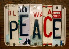 I have a grandfather that collected old license plates What a great Idea. Old License Plates, License Plate Art, One Letter Words, Crafts To Make, Arts And Crafts, Creative Box, Artsy Fartsy, Vintage Furniture, Beautiful Things