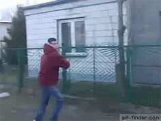 This is why you don't punch street signs | Gif Finder – Find and Share funny animated gifs