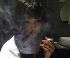ulzzang girls icons images, image search, & inspiration to browse every day. Aesthetic Japan, Japanese Aesthetic, Aesthetic Grunge, Aesthetic Photo, Aesthetic Girl, Aesthetic Pictures, Chicas Punk Rock, Arte Grunge, Japonese Girl