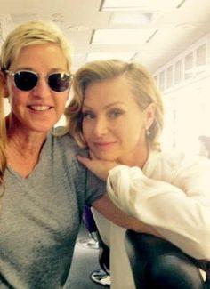 Ellen Degeneres And Portia, Ellen And Portia, Couple Presents, Portia De Rossi, The Ellen Show, Famous Couples, Cool Inventions, Comedians, Colorado