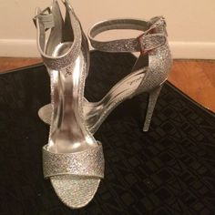 Selling this Heels in my Poshmark closet! My username is: septemberlover. #shopmycloset #poshmark #fashion #shopping #style #forsale #Quipid #Shoes