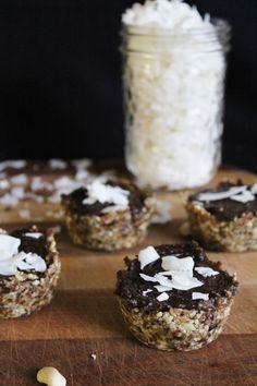 carob caramel tarts with coconut #glutenfree #grainfree #paleo