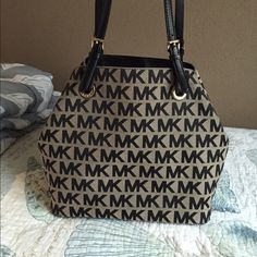 Only used twice Barely used in great condition Michael Kors Bags