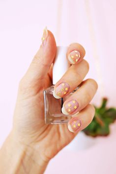 Gold Star Manicure DIY | A Beautiful Mess | Bloglovin'