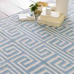 Fresh and stylish addition to Surya's Lagoon collection of outdoor safe rugs (LGO-2031).