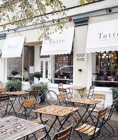 THE cutest of bakeries for a cozy fall Sunday 👉🏼 Cozy Coffee Shop, Coffee Shop Design, French Coffee Shop, Coffee Shops, Restaurant Interior Design, Shop Interior Design, Modern Restaurant, Cozy Cafe Interior, Bakery Design