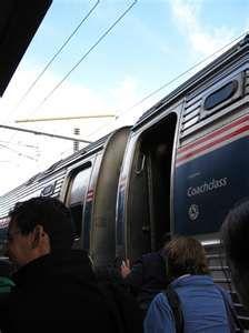 AMTRAK TRAIN, NEW LONDON, CT.