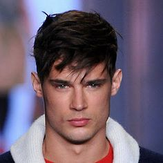 A Classic Mens Hairstyle With Bangs - http://www.dhairstyle.com/a-classic-mens-hairstyle-with-bangs-2/