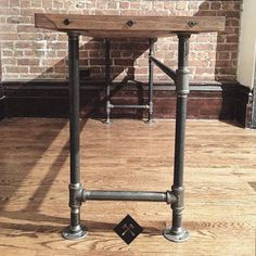 Reclaimed Wood Desk by LumberJuan on Etsy, $779.00  Gorgeous reclaimed Douglas Fir over pipe fittings.