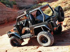 Risultati immagini per suzuki samurai jeep Suzuki Vitara 4x4, Jimny Suzuki, Samurai, Scout 800, Car Supplies, International Scout, Jeep 4x4, Four Wheel Drive, Jeep Life