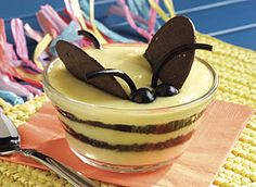 Bee pudding ..so adorable and easy ,,, great fun for the kids