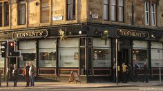 Last Updated: January 2017 A short while ago, we took a look at 10 of the best bars in Glasgow City Centre. This time, however, we're aiming our sights squarely on the West End. West End Glasgow, Glasgow Pubs, Glasgow Scotland, Edinburgh, Glasgow Cathedral, Glasgow City Centre, Newark Castle, Glasgow University, Scotland History