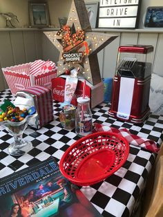 15th Birthday Party Ideas, 13 Birthday Cake, 14th Birthday, Sweet 16 Birthday, Riverdale Merch, Riverdale Cw, Pops Diner, Sweet 16 Parties, Netflix