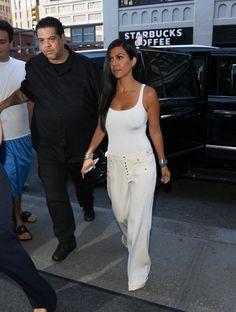 Kourtney Kardashian Photos - Kourtney Kardashian in New York City - Zimbio