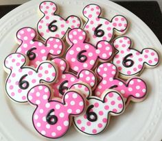 Decorated Minnie Mouse Silhouette Cookies with by peapodscookies, $36.00
