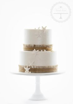 Classy cake for a beach wedding.  By Sweet Love, Rustic Seaside