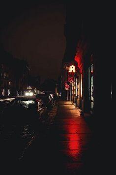 {Open// anyone} The Phoenix walked around the dark city at night. Dark City, Night Aesthetic, City Aesthetic, Urban Photography, Night Photography, Creative Photography, Photography Ideas, Urbane Fotografie, Travel Photographie