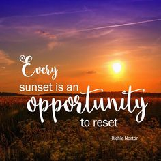Every sunset is an opportunity to reset. richie norton / ins Sunset Quotes Life, Sea Quotes, Bible Quotes, Motivational Quotes, Inspirational Quotes, Sunset Quotes Instagram, Quotes For Sunsets, Sunrise Quotes, Quote Life