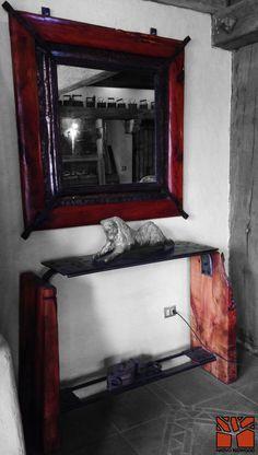 Nativo Redwood.  Espejo con marco de Roble rústico con marco interior de fierro forjado y cristal espejo color bronce. Dimension: 1.20x1.20  Valor: $450.000 Oferta Contado: $420.000  Disponible en Av. Camilo Henriquez 3941, Puente Alto. Fono: +56 9 62277920 nativoredwood@gmail.com www.nativoredwood.com  Facebook: /nativoredwood  Pinterest: /nativoredwood  Instagram y Twitter: @NativoRedWood Google +: /nativoredwood