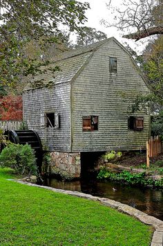 """Dexter's Old Grist Mill, Sandwich (Cape Cod), MA ~ built in the closed in restored in the A dependency rather than a """"simple barn"""". Country Barns, Old Barns, Beautiful World, Beautiful Places, Old Grist Mill, New England States, Water Powers, Water Mill, Old Buildings"""