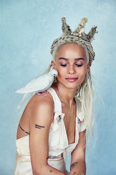 Talent Zoe Kravitz channels century tribal goddesses, styled by Beth Fenton in a fresh mix of boho looks -- and too fabulous hair -- lensed by Patrick Demarchelier for Allure US June Hair by Nikki Nebns; makeup by Tom Pecheux Lenny Kravitz, Zoey Kravitz, Zoe Kravitz Style, Zoe Isabella Kravitz, Patrick Demarchelier, Big Little Lies, Zoe Kravitz Tattoos, Hollywood, Ella Enchanted