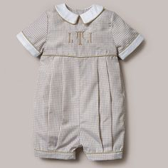 Cute blue gingham outfit for baby boy has white piped trim on the collar. Dressy boys romper can be monogrammed and is perfect for baby boys Dedication. Little Boy Outfits, Baby Boy Outfits, Kids Outfits, Baby Boy Fashion, Kids Fashion, Rompers Dressy, Romper Pattern, Pattern Fabric, Baby Sewing