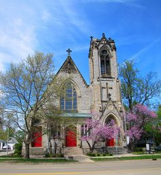 Bay City Trinity Church - another example of beautiful church architecture along Bay City's historic Center Ave. #myhometownpins