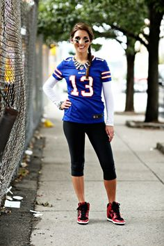 25 Best nfl jersey outfit women style ideas   jersey outfit ...
