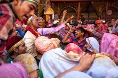 Vedi il mio progetto @Behance: \u201cHoli Festival\u201d https://www.behance.net/gallery/52028311/Holi-Festival