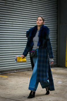 Looking for a new way to wear denim culottes in all your outfits? Look no further. Take inspiration from our favorite style stars to see how it's done.