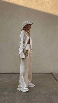 High Fashion Outfits, Fast Fashion, Modest Fashion, Fashion Fashion, Minimal Fashion, Aesthetic Fashion, Everyday Fashion, Autumn Fashion, Clothes For Women