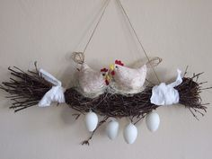13 Egg Themed Decor To Try This Easter - HomelySmart Diy Osterschmuck, Easter Flower Arrangements, Easter Table Decorations, Diy Ostern, Fabric Birds, Easter Wreaths, Easter Crafts, Happy Easter, Diy And Crafts