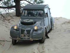 citroen 2cv sahara - two engines, two gearboxes, two fueltanks