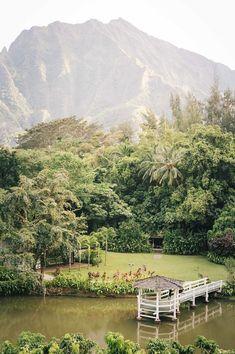 Oahu Itinerary: The Top 10 Things To Do in Hawaii — ckanani luxury travel & adventure Dinner spot Oahu Hawaii, Visit Hawaii, Hawaii Honeymoon, Hawaii Travel, Hawaii Beach, Oahu Luau, Hawaii Hikes, Mexico Travel, Hawaii Information