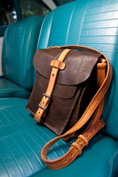 Green Leather Satchel, leather book bag, messenger bag, men's bag, women's bag, vintage style postal bag, vegetable tanned, tooled leather on Etsy, $282.87 CAD