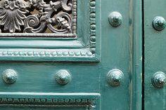 Color in Paris Doors Carin Olsson