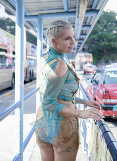 LIEZEL wears proudly local South African Designer in Hong Kong during MC Conference. African Design, Hong Kong, Conference, Cover Up, Celebrities, How To Wear, Life, Beauty, Fashion
