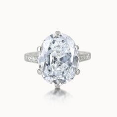 DIAMOND RING BY CHAUMET
