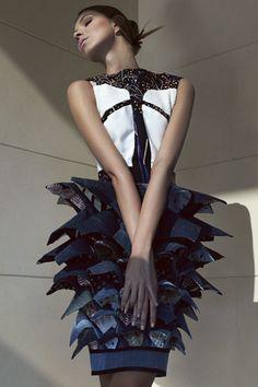 MODECONNECT / The EcoChic Design Award 2013 Sustainable Fashion & Thinking Fashion