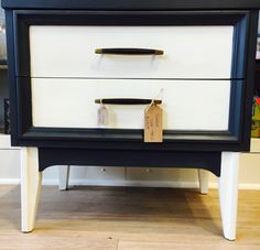 Modern Tuxedo table painted in Old White and Graphite with Chalk Paint® by Annie Sloan.