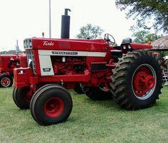 IH 1466 Case Ih Tractors, Big Tractors, Farmall Tractors, Red Tractor, Ford Tractors, International Tractors, International Harvester, Case Company, Classic Tractor