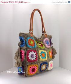 SALE Crochet granny squares handbag with tassels por MyNicePurses