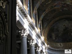 Layers and layers of magnificent detail to blow the mind can be seen in the Royal Chapel at the Palace of Versailles.    More images of Versailles here: https://za.pinterest.com/farragoz/fit-for-a-queen-~-chateau-de-versailles/     FARRAGOZ ~ Online Courses in the Art of Patina