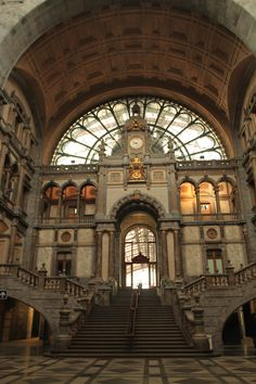 Antwerp Train Station - beautiful!! they don't build them like this anymore!!