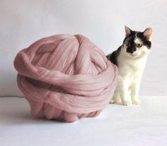 Chunky yarn. Giant knitting. Bulky yarn. Chunky merino wool