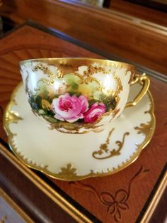I am very pleased to offer for your consideration a Stunning Antique hand painted Rose Cup and Saucer bearing 2 Limoges Klingenberg Mark 7 and Mark 9 Tea Cup Set, My Cup Of Tea, Cup And Saucer Set, Tea Cup Saucer, Antique Tea Cups, Vintage Cups, Vintage Tea, Vintage Beauty, Café Chocolate