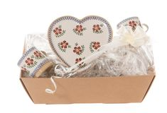 This is the perfect gift set to celebrate an engagement, wedding or anniversary. It includes 1 Medium Heart Plate and 2 small mugs for the lucky couple to share and celebrate their love. Our Old Rose Pattern has been part of our range for over 20 years. Old Rose, Engagement Gifts, Valentines Day, Anniversary, Pottery, Wedding, Engagement Presents, Valentine's Day Diy, Ceramica
