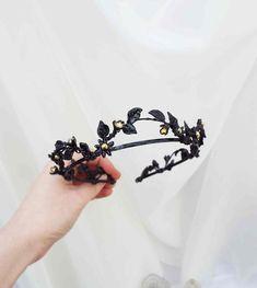 Black Tiara - Gothic bridal crown - Leaf crown - Black bridal tiara - black head piece - Gothic crown ~ Ready to Ship Wedding Headband, Bridal Crown, Bridal Tiara, Bridal Headpieces, Wedding Hair, Wedding Veils, Black Tiara, Gold Tiara, Gold Crown