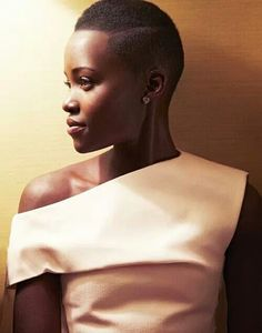 TWA - 31 Teeny Weeny Afro Haircuts and styles for Natural Hair My Hairstyle, Afro Hairstyles, Twa Haircuts, Short Hair Cuts, Short Hair Styles, Hair Afro, Pelo Afro, My Black Is Beautiful, Gorgeous Lady
